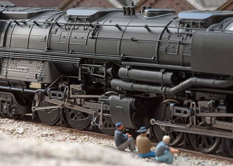 American Freight Steam Locomotive with an Oil Tender - Model