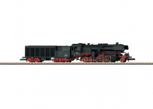 Heavy Freight Locomotive with a Condensation Tender