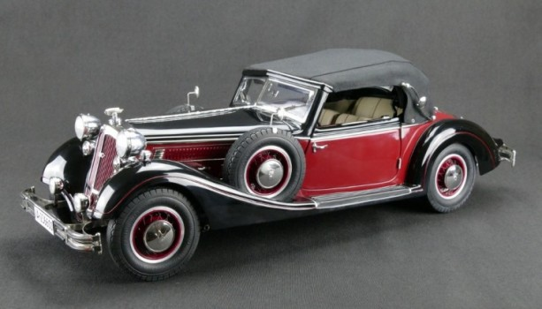CMC Horch 853, 1937 punane mustaga värv